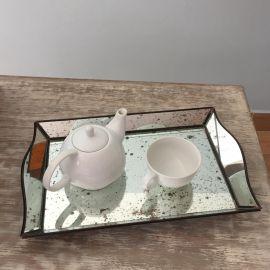 Dos Charolas de espejo