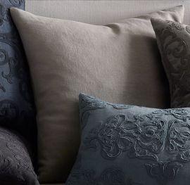 Cojin cuadrado de 60x60cm en tela 100% algodón color marino