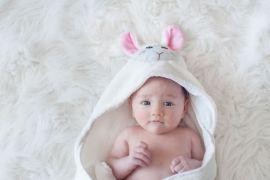 Toalla para Bebé Cordero Blanco