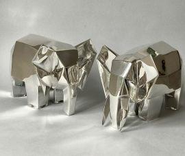 Elefante colmillos