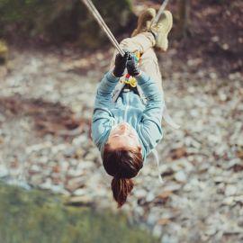 Rappel + escalada + tirolesa Emoción extrema