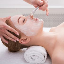 Limpieza facial en Centro holístico artemisa